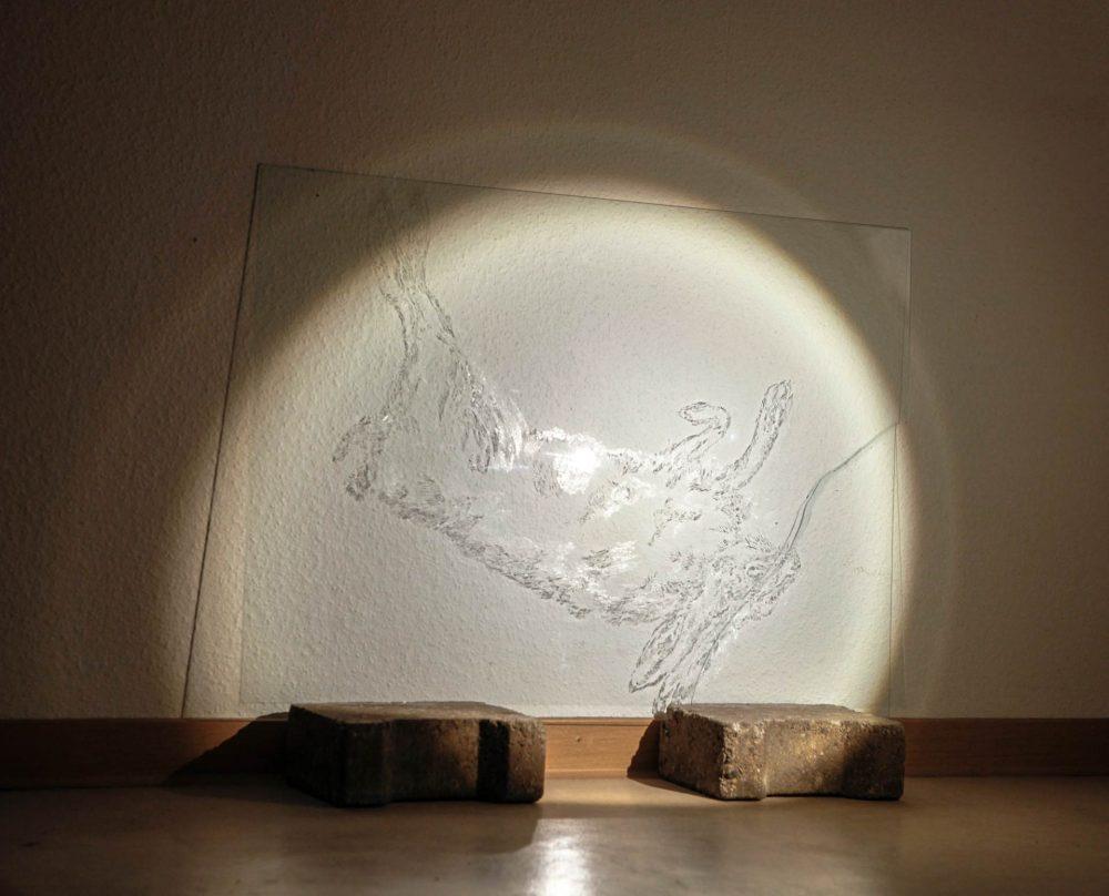 Ohne Titel, 2015, Glasgravur, Steine, Licht
