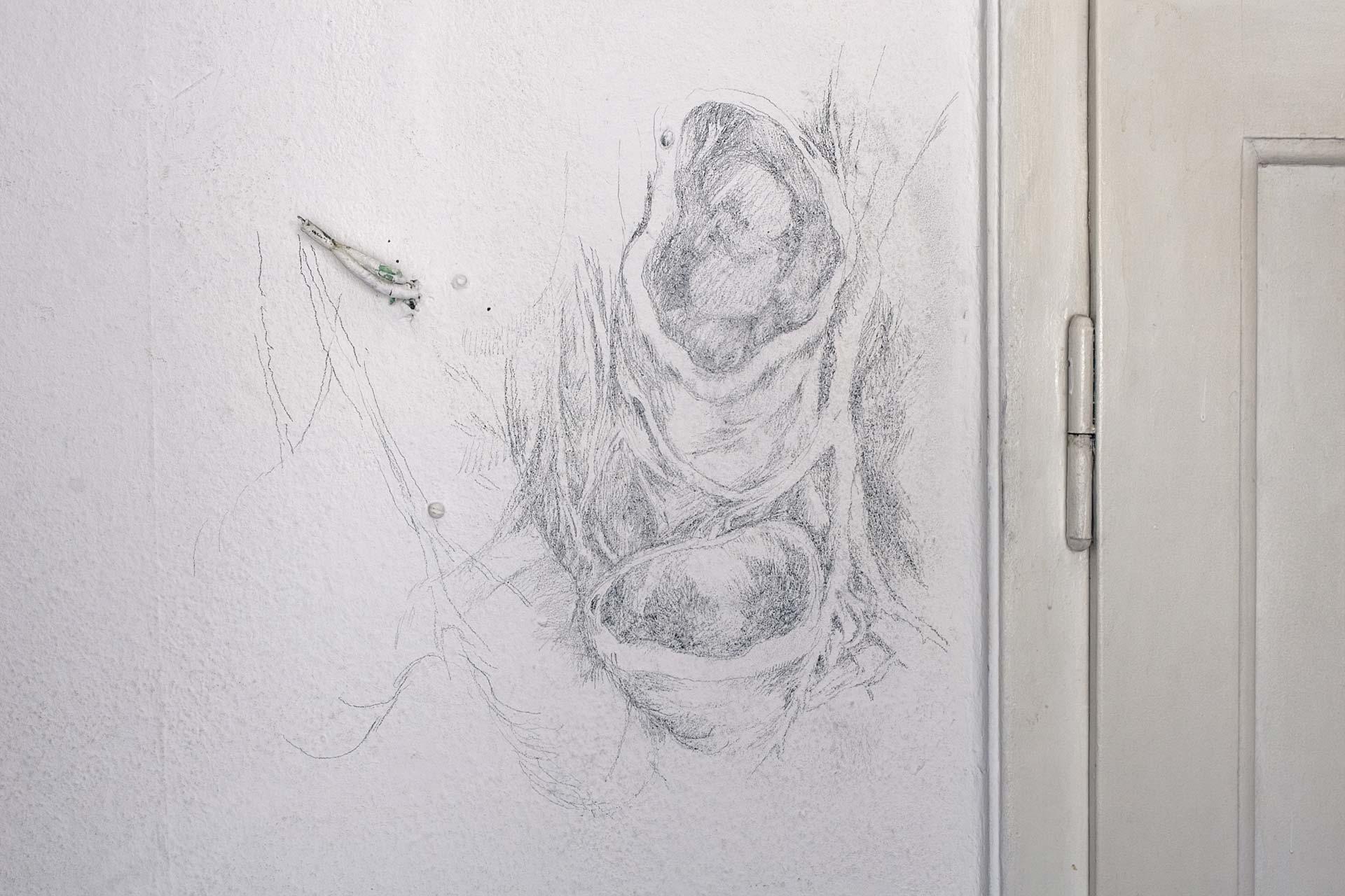 Röhren und Tür, 2008, Wandzeichnung